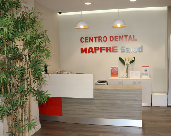 700-centro-dental-leganes-recepcion